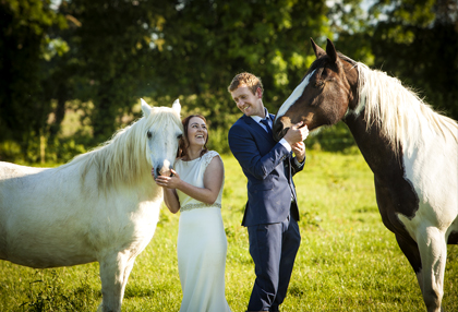 most popular wedding photographer in carlow, most popular wedding photographer in kilkenny, most popular wedding photographer in dublin, archway in altamont gardens, altamont gardens wedding photography